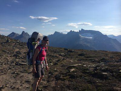 Bärstolen Thule Sapling på Romsdalseggen