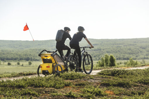 thule chariot sport black spectra yellow miljö